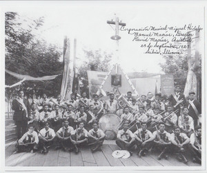 Photograph of the mexican band Corporacion Musical Miguel Hidalgo, in Silvis, Illinois in 1923