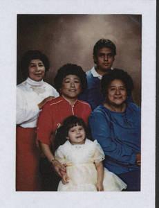 latinas_1907.jpg
